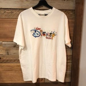 Quality Walt Disney World embroidered Tee. Sz XL.